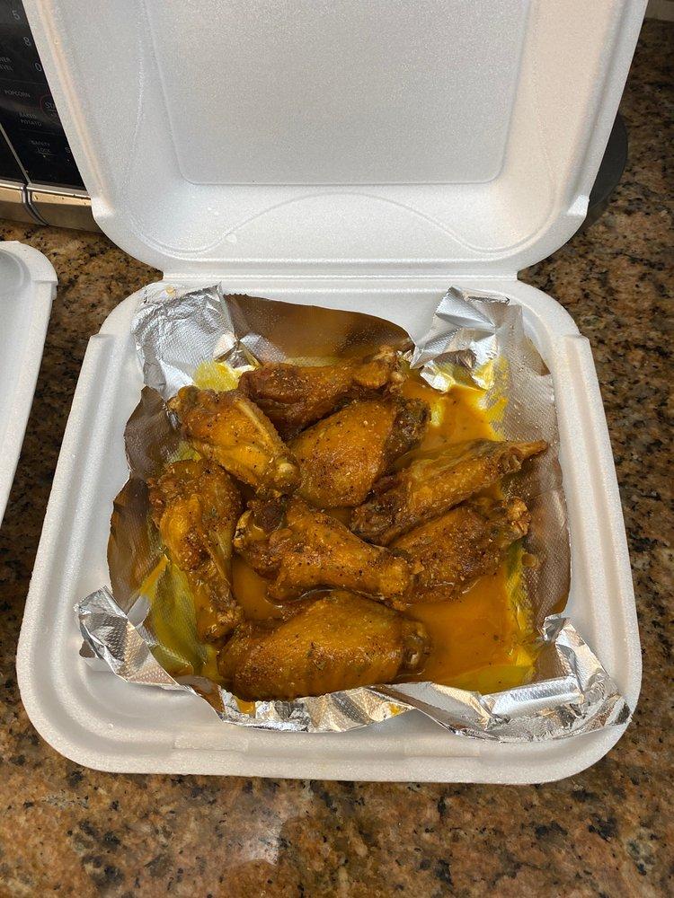 Mr Weirdo's American Food: 12397 Seminole Blvd, Clearwater, FL