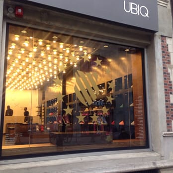 Shoe Stores On Walnut Street In Philadelphia