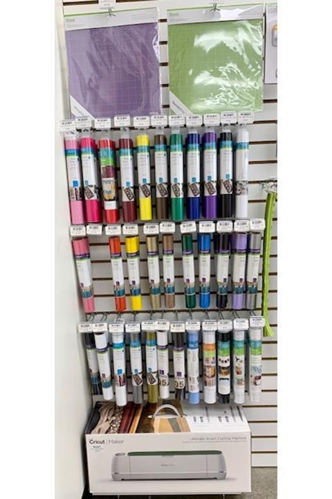 Fabrics & Fun: 550 36th Ave SW, Altoona, IA
