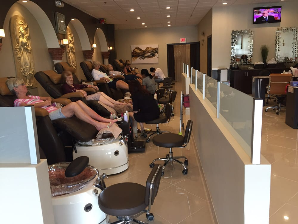 Enails spa 15 reviews nail salons 382 northlake for 24 hour nail salon brooklyn ny
