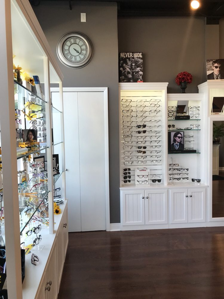 Aurora Eye Care: 220 S Chillicothe Rd, Aurora, OH