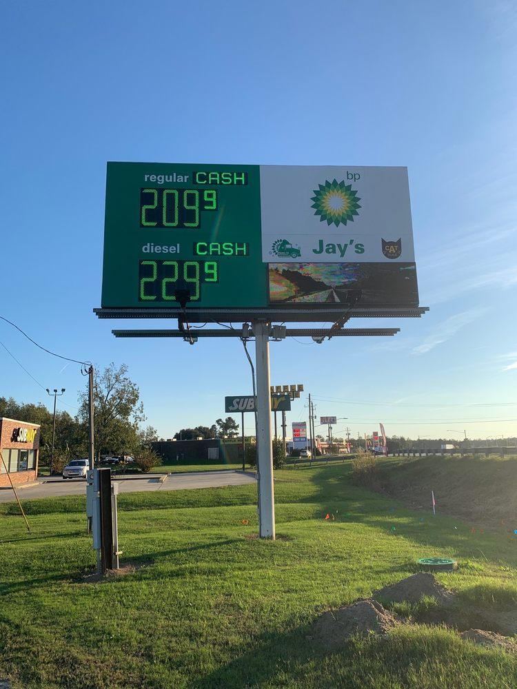 Jay's Fuel Stop: 1095 S Lewis St, Metter, GA