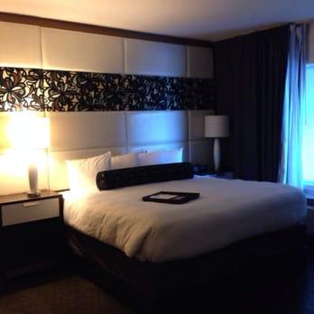 hotel indigo waco baylor 35 photos 48 reviews. Black Bedroom Furniture Sets. Home Design Ideas