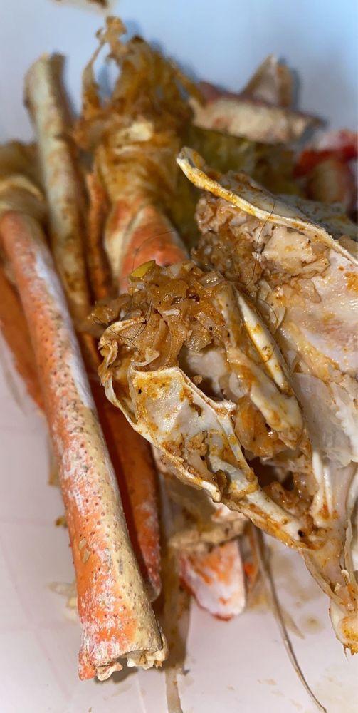 King Crab: 10840 Belleville Rd, Belleville, MI