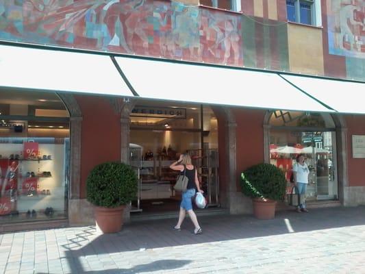 info for ac04e 15572 Werdich Schuhhaus - Shoe Stores - Moritzplatz 2, Augsburg ...