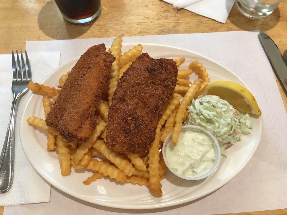 The Odd Rainbow Restaurant: 1 Ferry Wharf Road, Grand Manan, NB