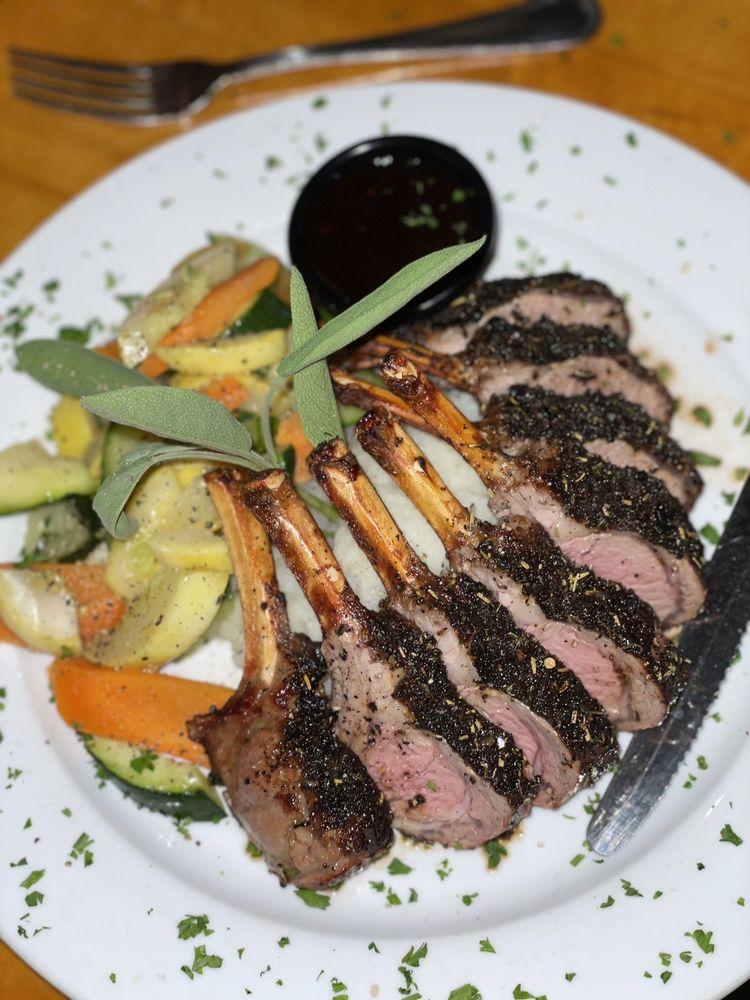 Frankie & Johnnys Natural Foods: 1594 US Rt 1, Cape Neddick, ME