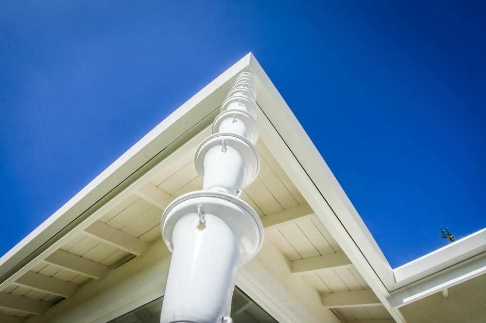 Flat Face Rain Gutters With Smooth Modern Look With White
