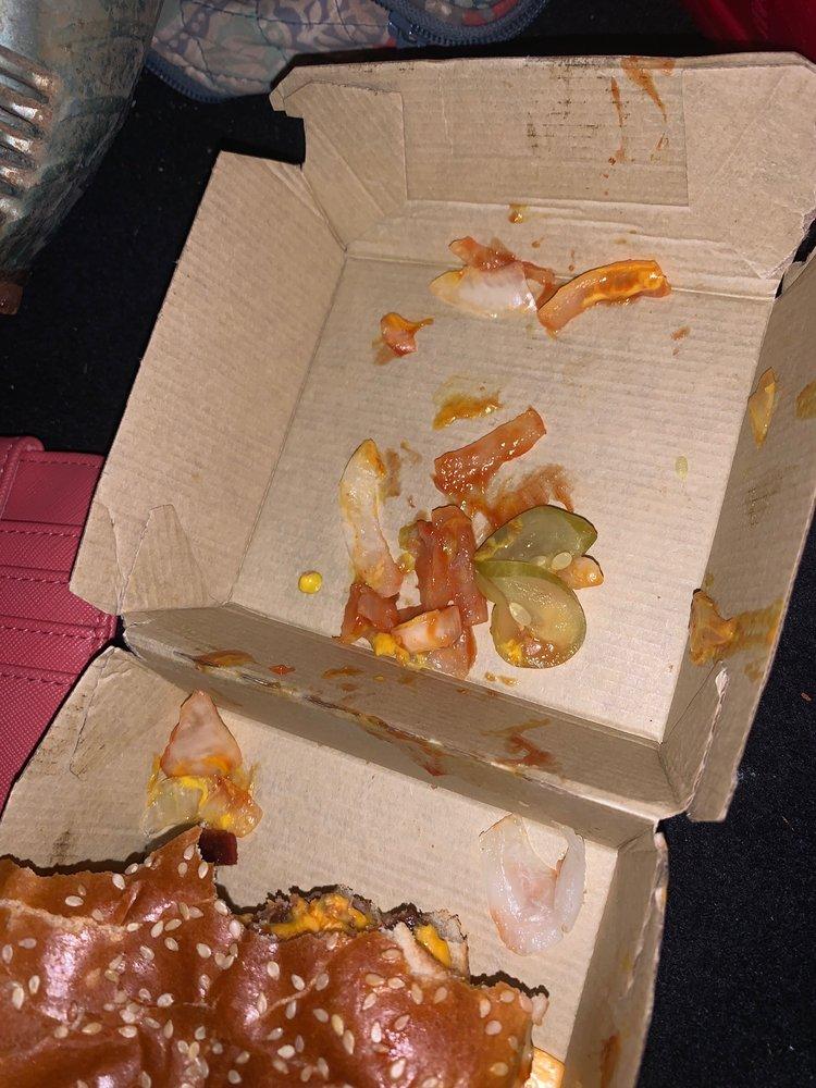 McDonald's: 2010 S Waukesha St, Bonifay, FL