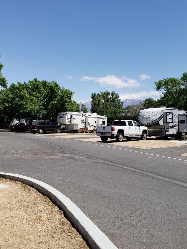 Highland's Rv Park: 2275 N Sierra Hwy, Bishop, CA