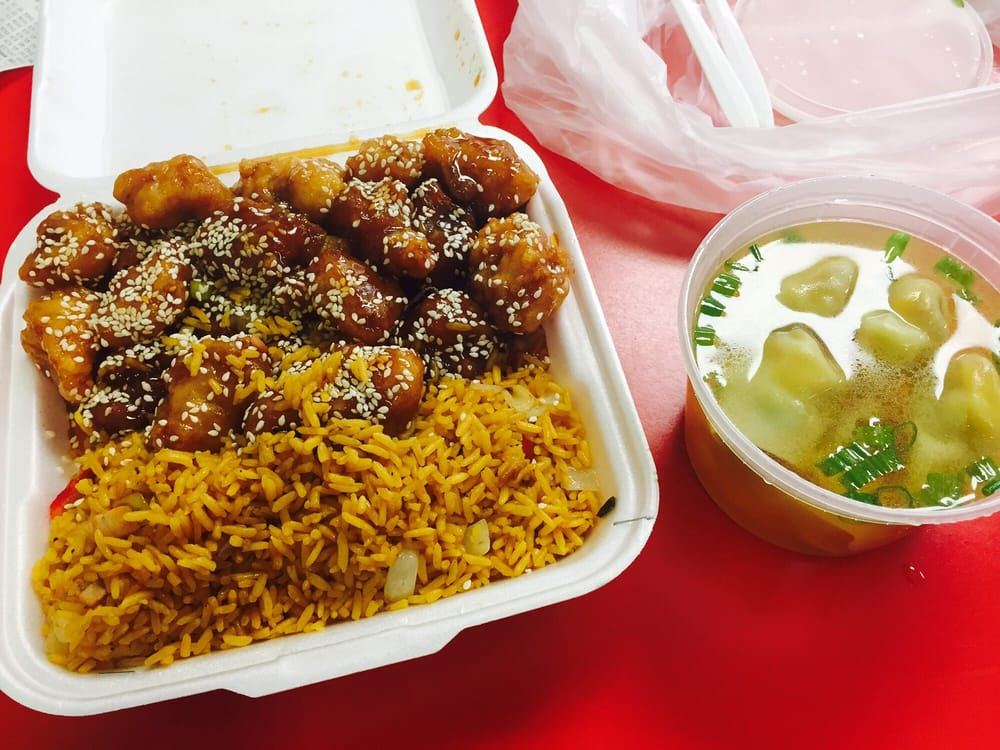 Kowloon Chinese Restaurant - 20 Reviews - Chinese - 2255 Cloverdale ...