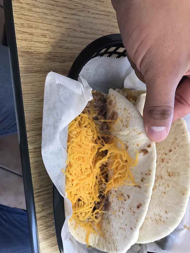 Hondo Cafe: 1509 19th St, Hondo, TX
