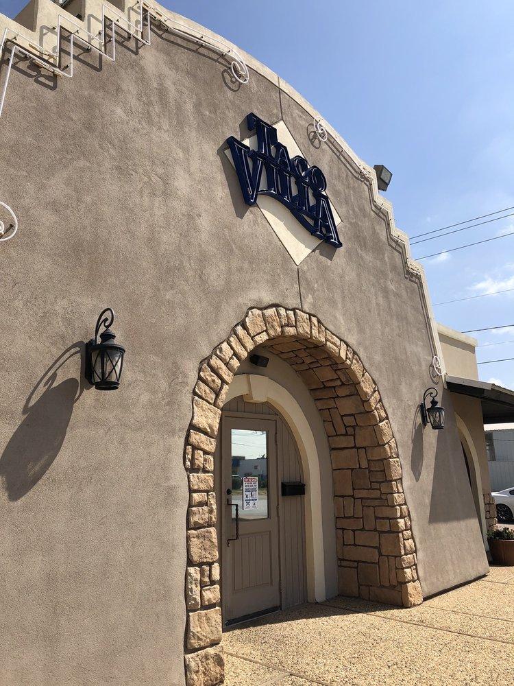 Taco Villa: 206 N 4th St, Lamesa, TX