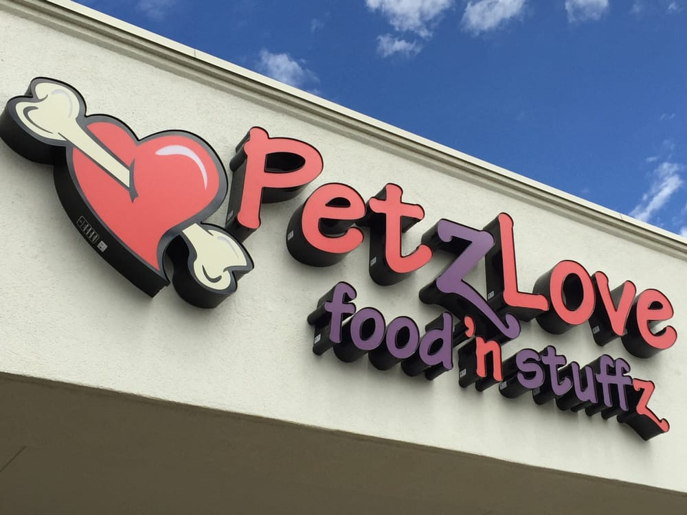 Petzlove Food and Stuffz: 9231 E Lincoln Ave, Lone Tree, CO