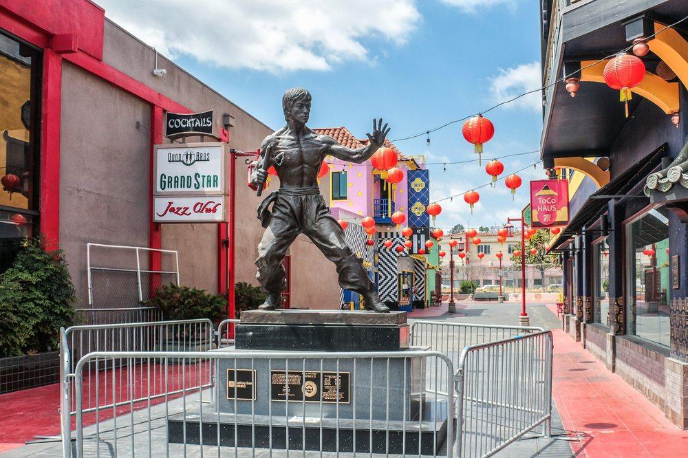 Bruce Lee Statue: 943 N Broadway, Los Angeles, CA
