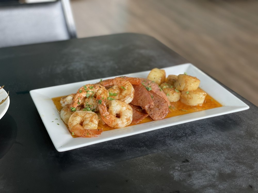 Happy Snapper Seafood Restaurant: 6327 S Orange Ave, Orlando, FL