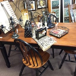 Attractive Used Furniture In St Charles And St Louis