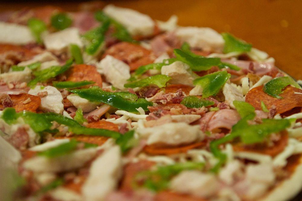 Sweet Basil Pizzeria: 5 S 1st Ave, Walla Walla, WA