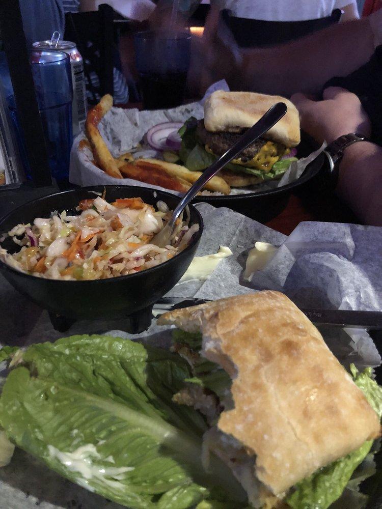 Harry's Grill And Bistro: 9903 Gulf Dr, Anna Maria, FL