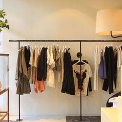 Acne Studios - Vêtements pour femmes - 124 Galerie Valois, Palais ... 3534c251c57