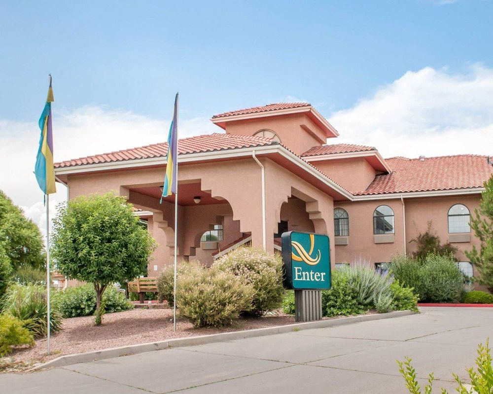 Quality Inn & Suites: 1500 W Maloney Ave, Gallup, NM