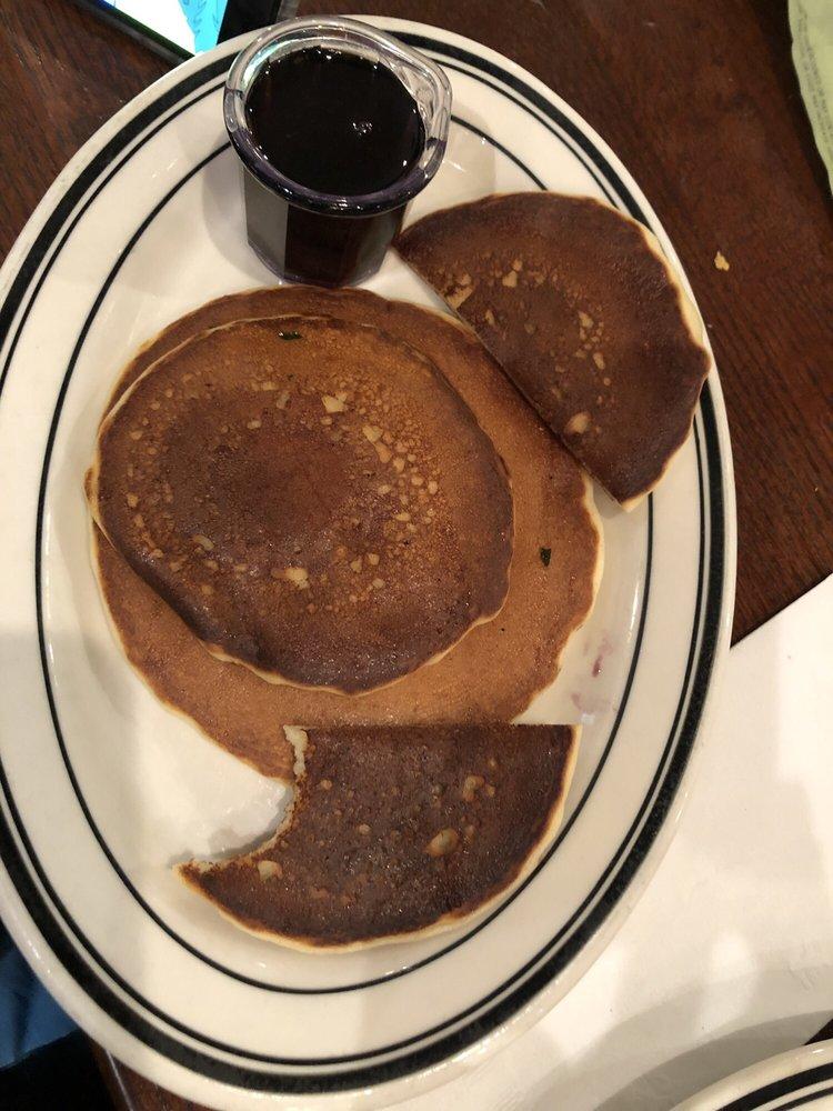 Mimi's Cafe: 2800 W Chandler Blvd, Chandler, AZ
