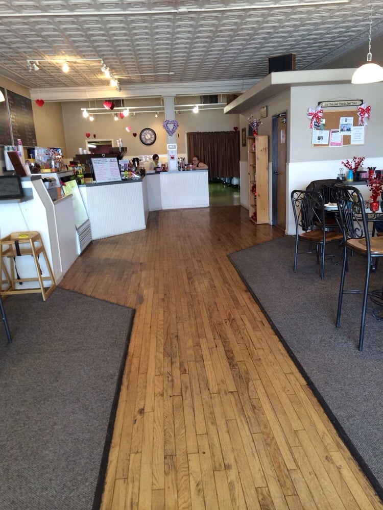 Canyon Coffee and Cafe: 345 Main St, Wray, CO