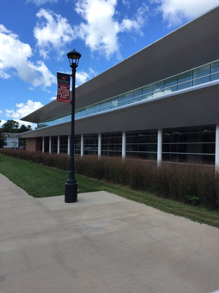 Grinnell College: 1119 6th Ave, Grinnell, IA