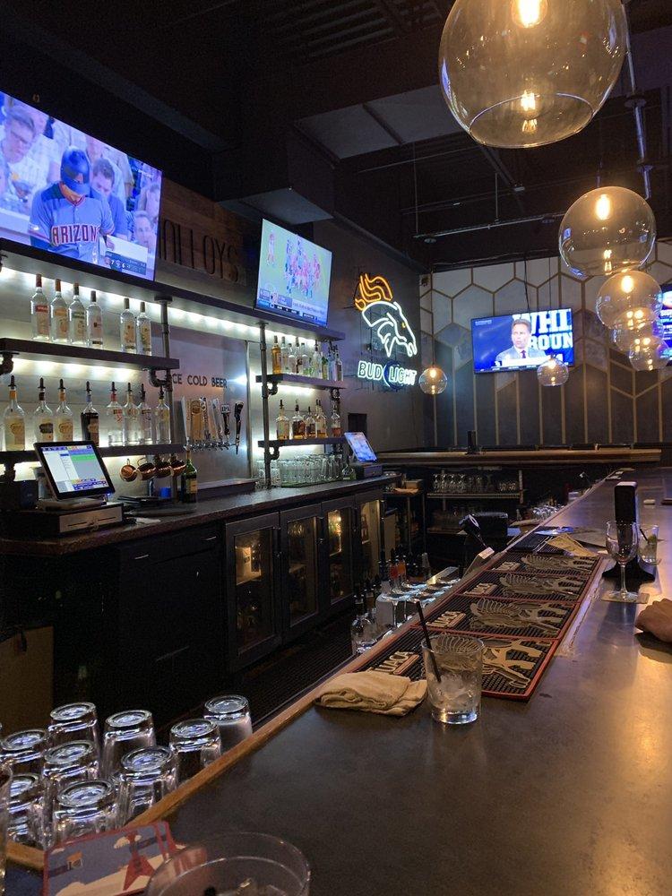 Malloy's Bar & Grille: 11550 W Meadows Dr, Littleton, CO