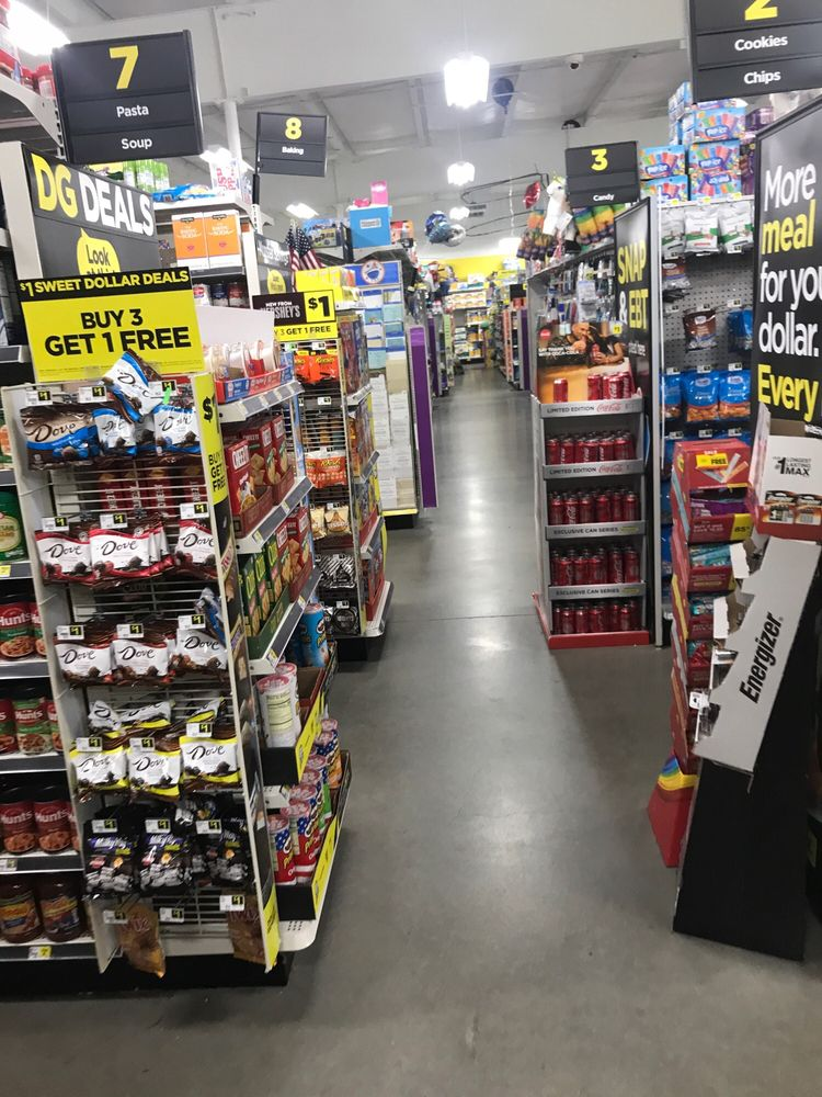 Dollar General Store: 8965 Greenwood Rd, Greenwood, LA