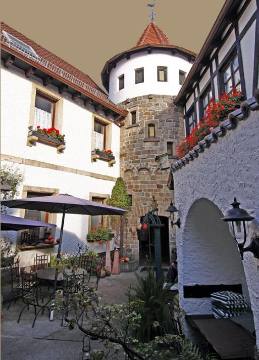 Stadtmauerschänke - Palatine - Langgasse 27, Wachenheim an der ...