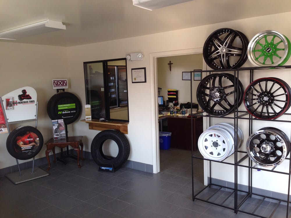 Pacific Tire: 650 Lerdo Hwy, Shafter, CA