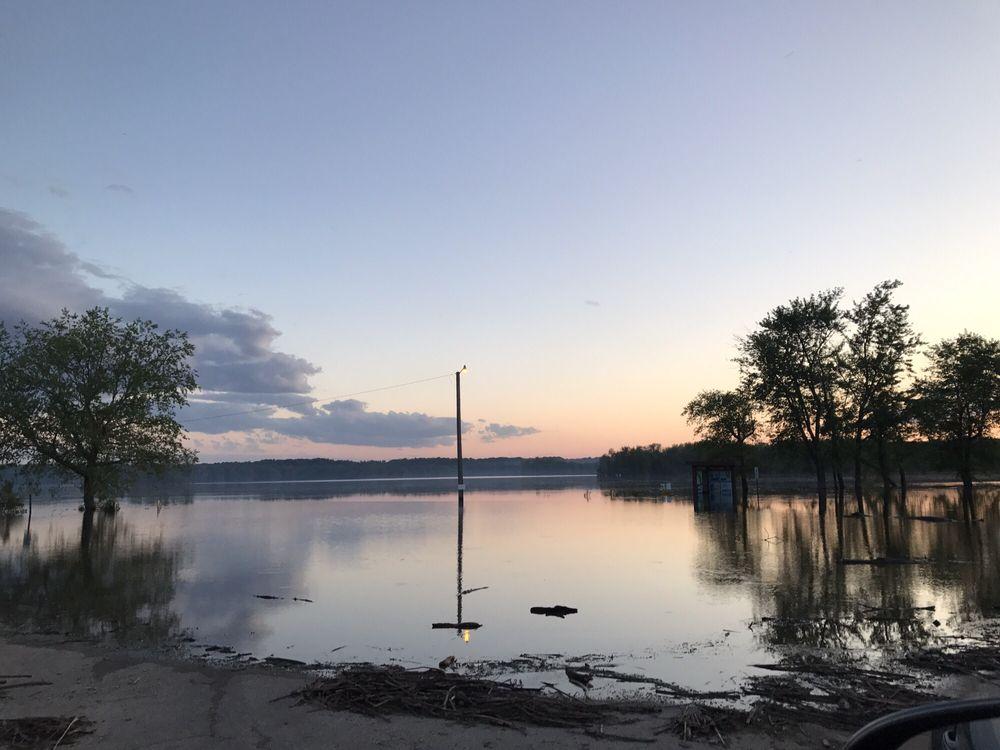 Mississippi Palisades State Park: 16327A Il Rt 84, Savanna, IL
