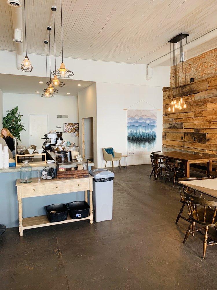 Foxtrot Coffee: 404 Vine St, Poplar Bluff, MO