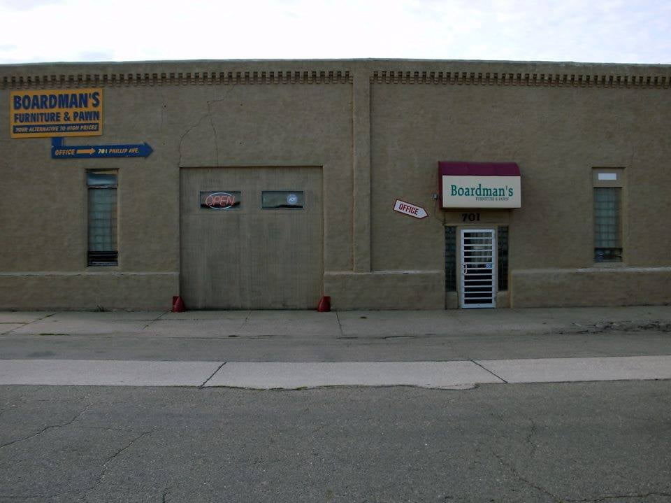 Boardman's Furniture & Pawn: 701 W Phillip Ave, Norfolk, NE