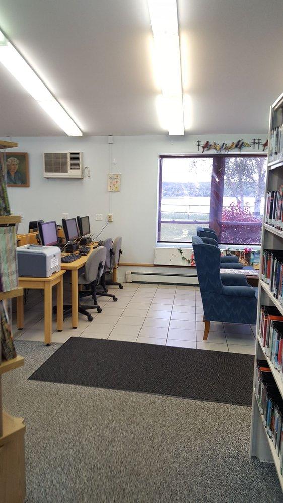 Onekama Library: 5283 Main St, Onekama, MI