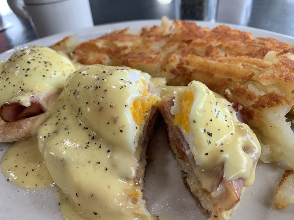 Harlow's Diner: 13668 W Hwy 53, Rathdrum, ID