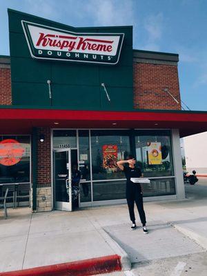 63dbf2dc9 Krispy Kreme - (New) 62 Photos & 94 Reviews - Donuts - 11450 ...