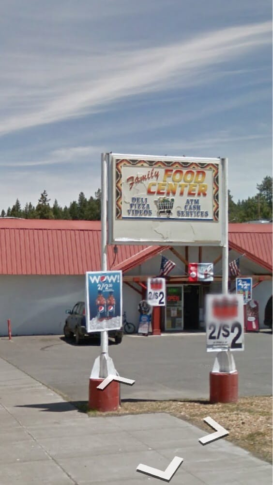 Family Food Center: 129 1st Ave, Chiloquin, OR