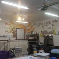 Clippin House Pet Grooming and Boarding: 124 East Main St, Staunton, IL