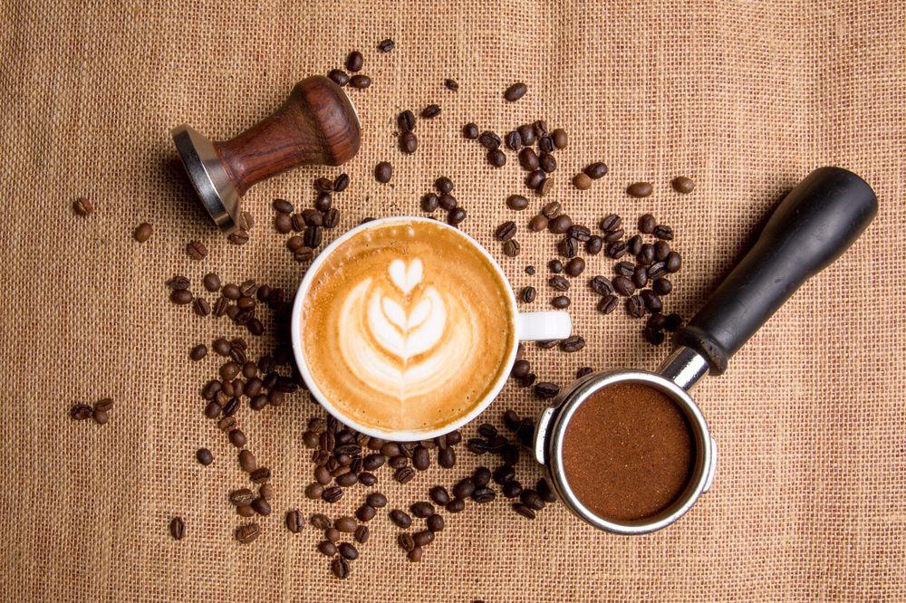 Da Vinci's Coffeehouse and Gelateria: 2315 W Willow Rd, Enid, OK