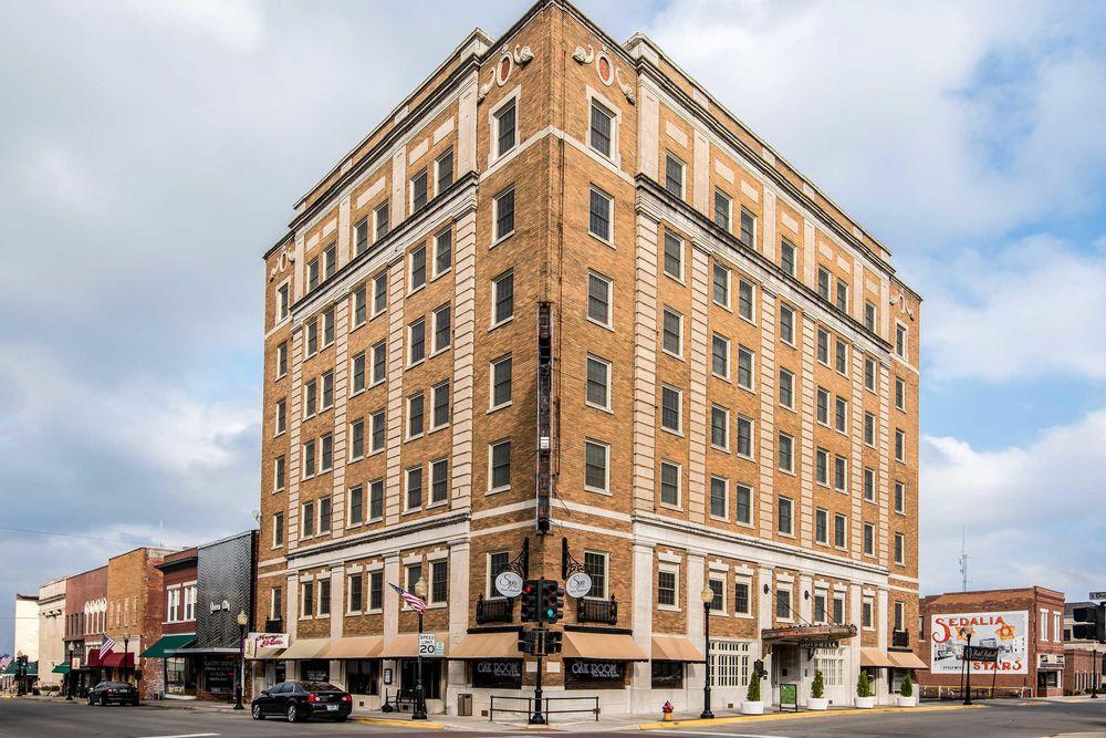 Hotel Bothwell, an Ascend Hotel Collection Member: 103 E 4th St, Sedalia, MO