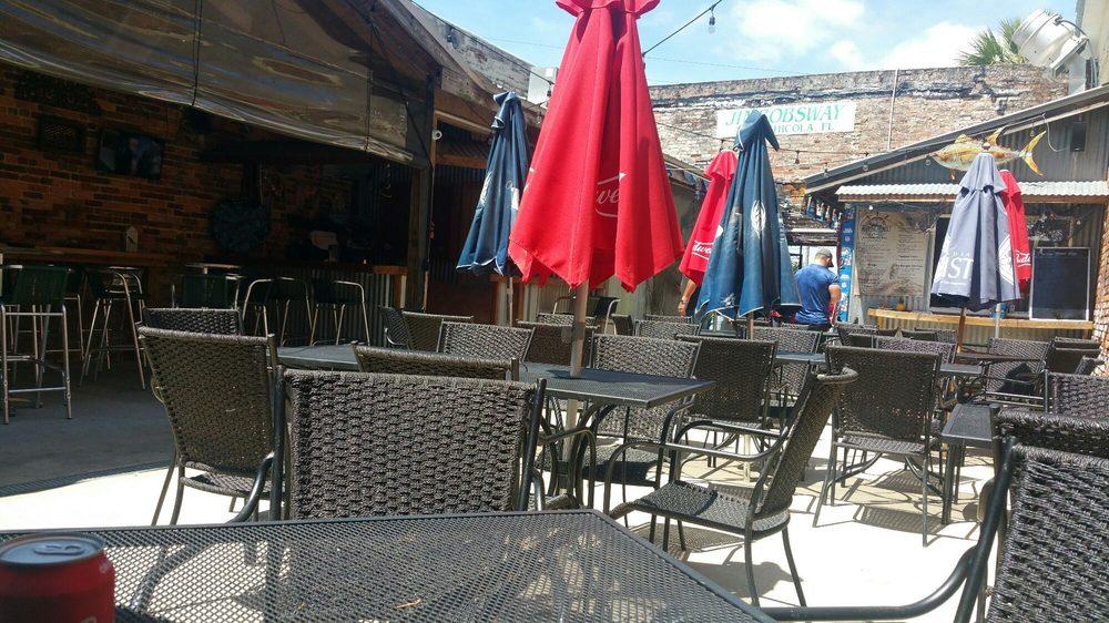 Marine Street Grill: 304 Marine St, Carrabelle, FL