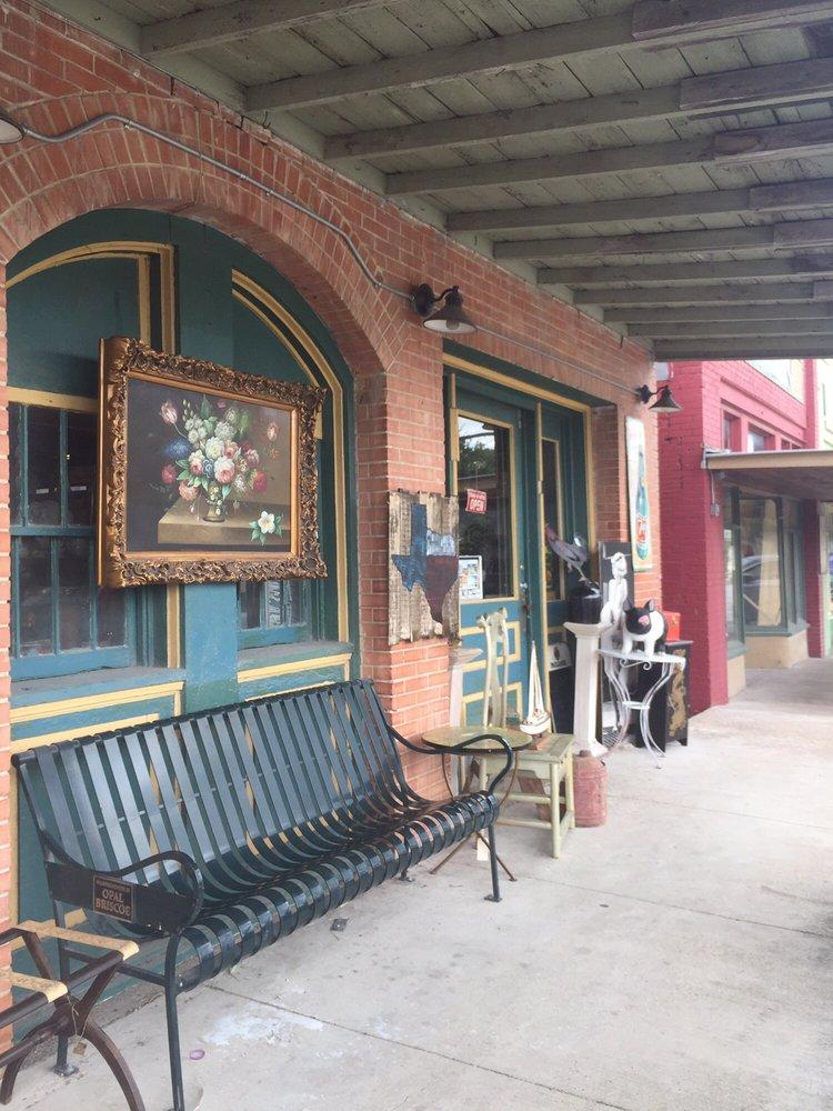 Old Town Buda Antique Mall: 212 N Main St, Buda, TX