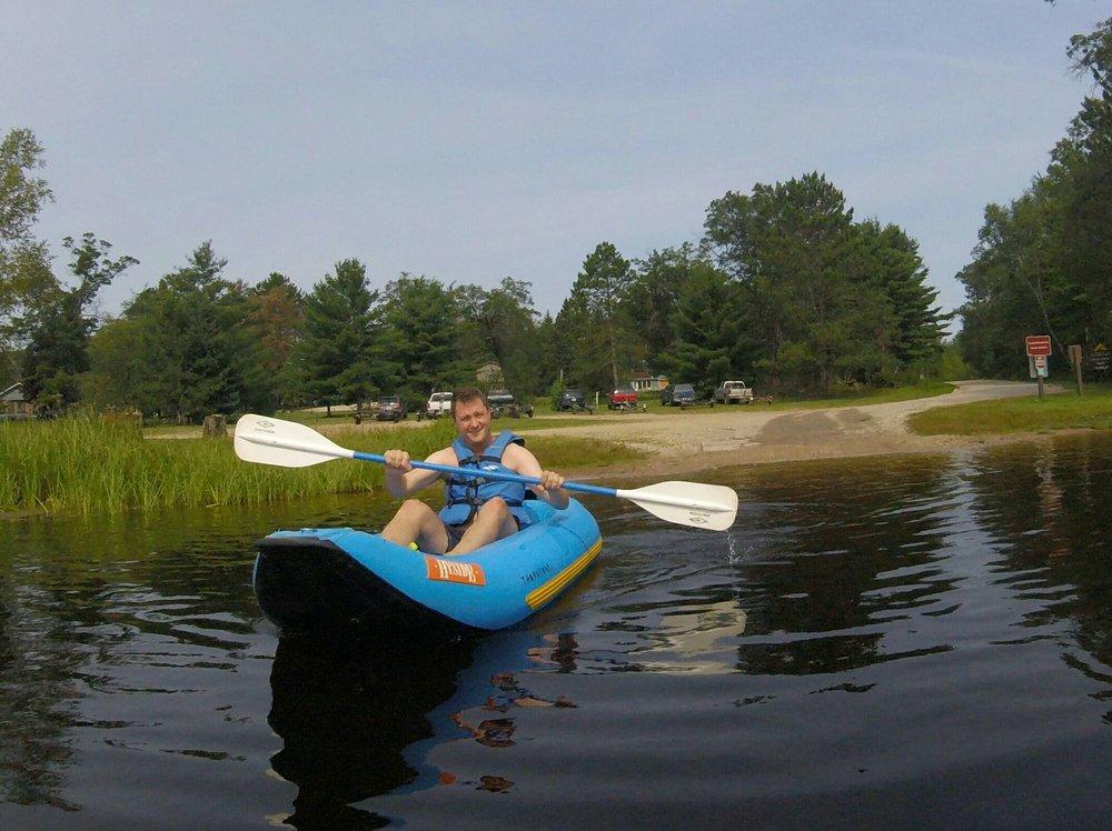 Thornton's Whitewater Rafting Resort: W12882 Parkway Rd, Athelstane, WI