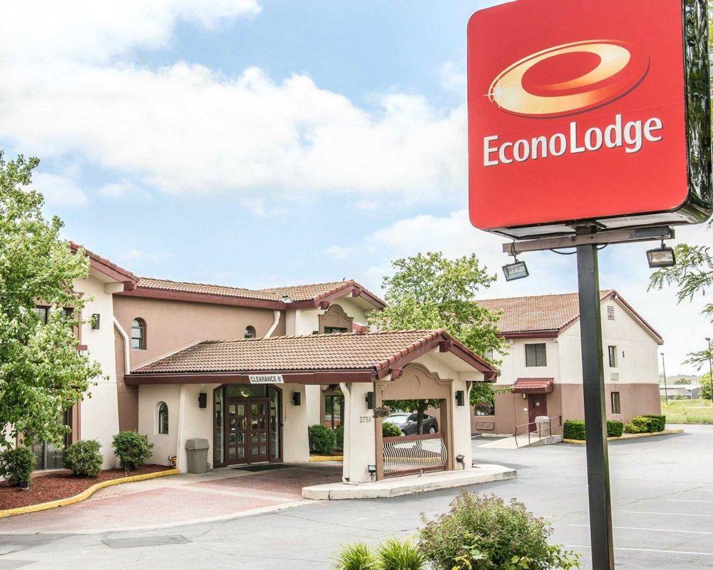 econo lodge 25 photos hotels 3750 easy st kalamazoo. Black Bedroom Furniture Sets. Home Design Ideas