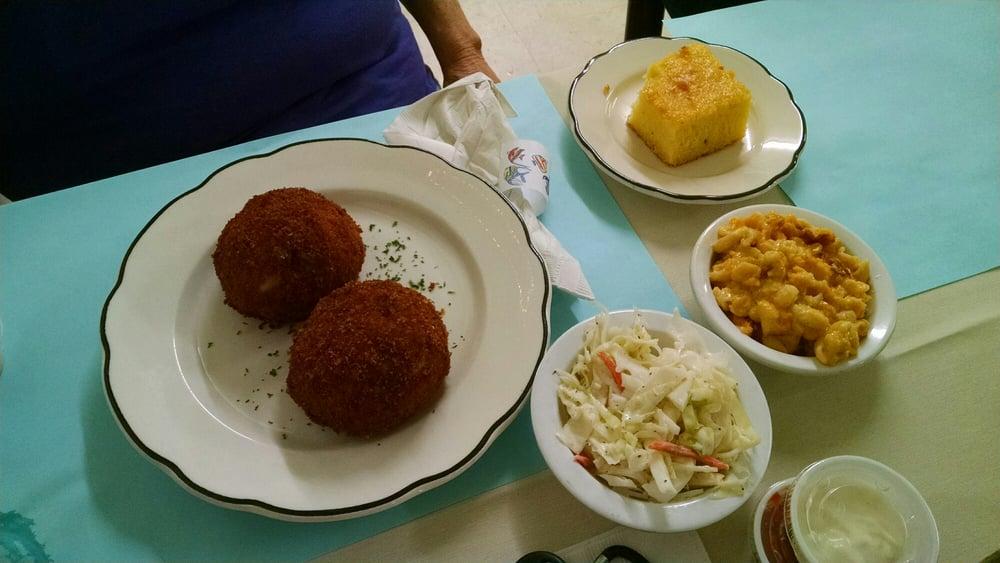 Crossroads 30/301 Restaurant