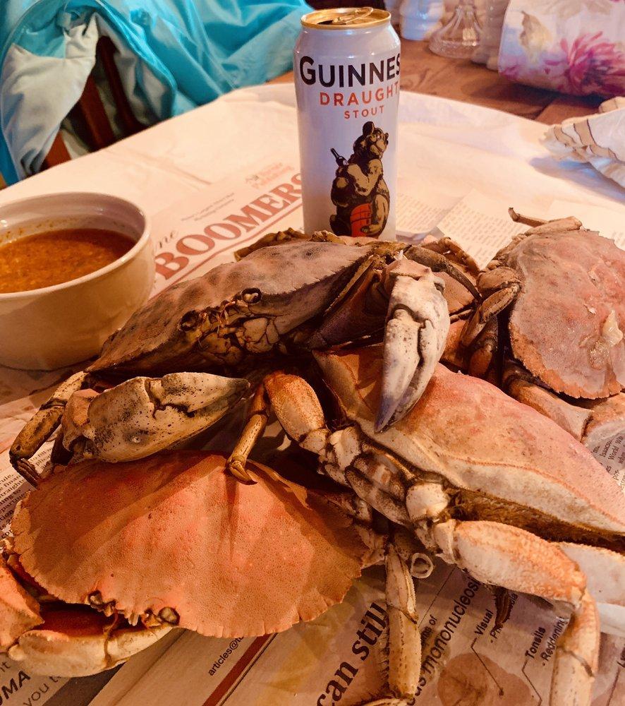 Always Fresh Larochelle Seafoods: 22 Mill St, Auburn, ME