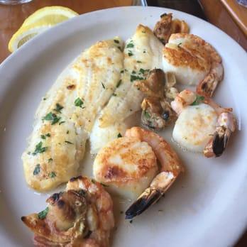 Photo Of Pier 44 Restaurant Babylon Ny United States No Flavor Sitting