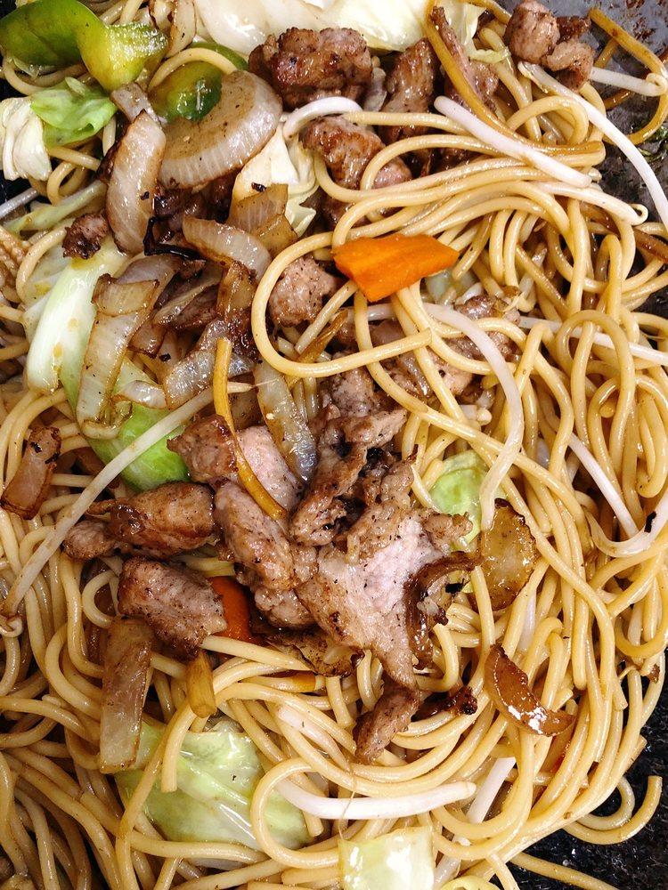 Rim Nam Thai Cafe: 48005 Hwy 58, Oakridge, OR